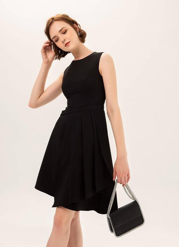 Đầm công sở dành cho người mập với gam màu đen chính là trang phục an toàn nhất