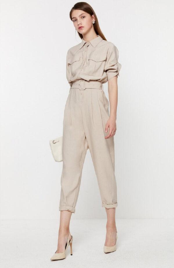 Jumpsuit đại náo xu hướng thời trang công sở 2022